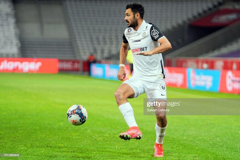 Lille OSC v Montpellier HSC - Ligue 1 Uber Eats : News Photo