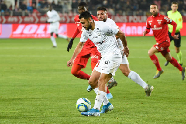 MHSC -EQUIPE DE MONTPELLIER -LIGUE1- 2019-2020 - Page 3 Gaetan-of-mhsc-during-the-ligue-1-match-between-dijon-fco-and-hsc-at-picture-id1186494689?k=6&m=1186494689&s=612x612&w=0&h=7aIuFS3p6-qKkKsxYmPQWowhHzrZ4ckhdumXij5WGXY=