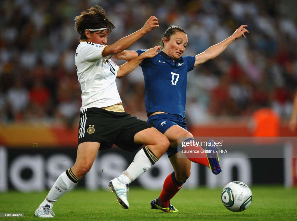 France v Germany: Group A - FIFA Women's World Cup 2011 : News Photo