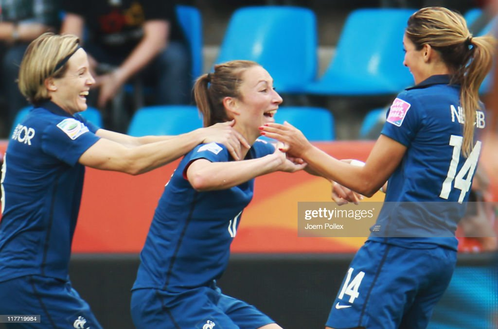 Canada v France: Group A - FIFA Women's World Cup 2011 : News Photo
