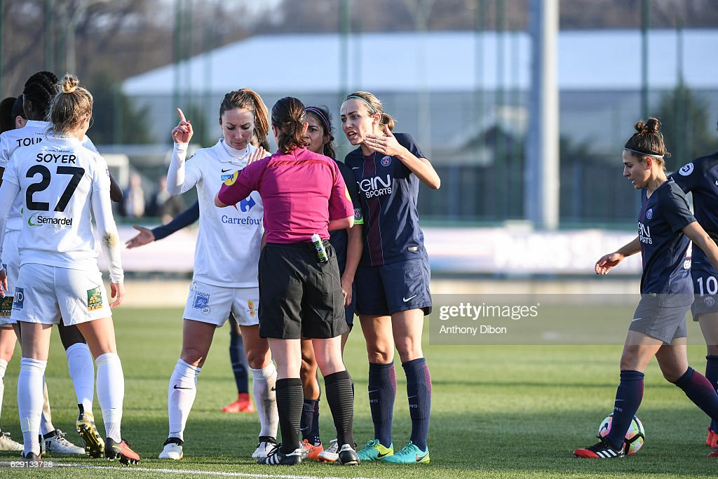 Paris Saint Germain v Juvisy - French Division 1