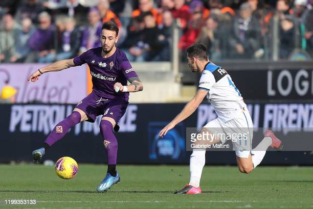 Gaetano Castrovilli of ACF Fiorentina in action during the Serie A match between ACF Fiorentina and Atalanta BC at Stadio Artemio Franchi on February...