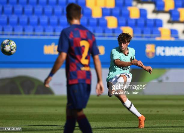 Gaetano Oristanio of FC Internazionale scores the opening goal during the UEFA Youth League match between FC Barcelona and FC Internazionale on...