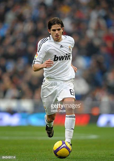 Gago of Real Madrid in action during the La Liga match between Real Madrid and Osasuna at the Santiago Bernabeu stadium on January 18 2009 in Madrid...