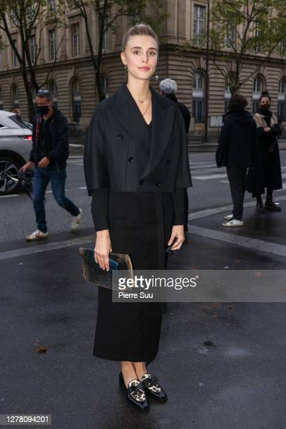 Gaia Weiss attends the Yohji Yamamoto Womenswear Spring/Summer 2021 show as part of Paris Fashion Week on October 02, 2020 in Paris, France.