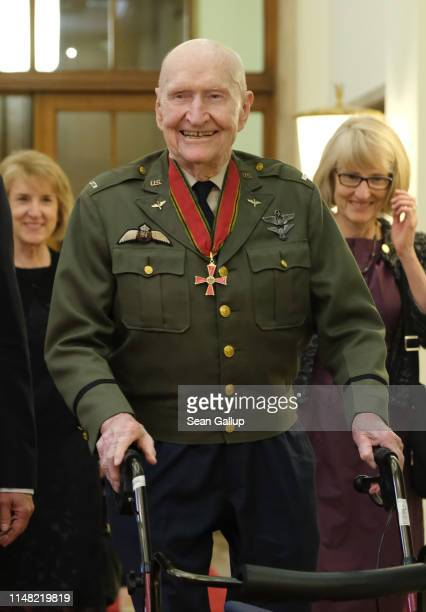 Gail Halvorsen a former pilot of the United States Air Force who flew in the Berlin Airlift, arrives at Rotes Rathaus city hall to meet with Berlin...