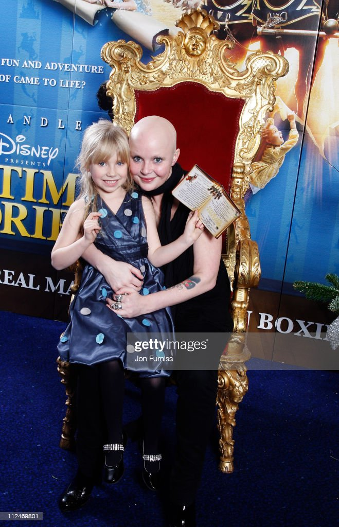 Gail Porter and children arrives at the UK film premiere of 'Bedtime Stories' held at the Odeon Kensington on December 11, 2008 in London, England.