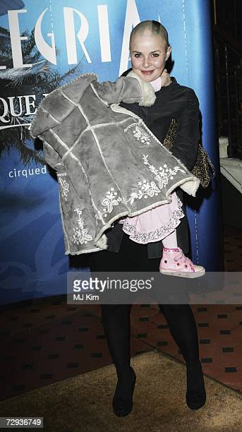 Gail Porter and her daughter arrive at the premiere for the new Cirque Du Soleil production Alegria at the Royal Albert Hall on January 5 2007 in...