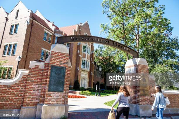 Gainesville, University of Florida, campus entrance with students.