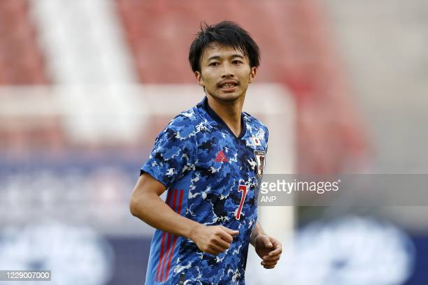 Gaku Shibasaki of Japan during the friendly match between Japan and Cameroon at Stadion Galgenwaard on October 09, 2020 in Utrecht, Netherlands. ANP...