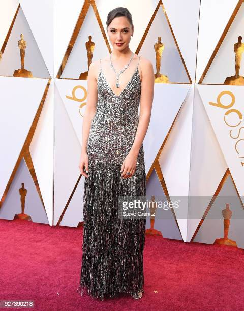 Gal Gadot arrives at the 90th Annual Academy Awards at Hollywood Highland Center on March 4 2018 in Hollywood California