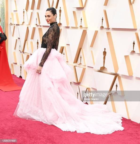 Gal Gadot arrives at the 92nd Annual Academy Awards at Hollywood and Highland on February 09, 2020 in Hollywood, California.