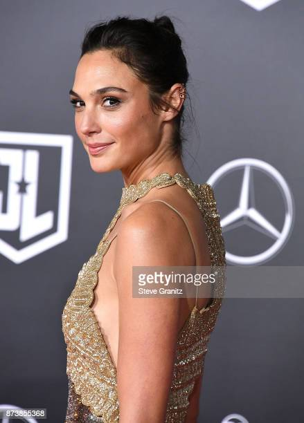 Gal Gadot arrives at the Premiere Of Warner Bros Pictures' Justice League at Dolby Theatre on November 13 2017 in Hollywood California