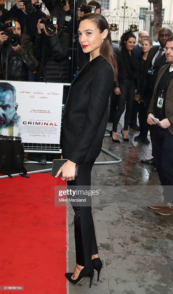 Gal Gadot arrives for the UK premiere of 'Criminal' at The Curzon Mayfair on April 7, 2016 in London, England.