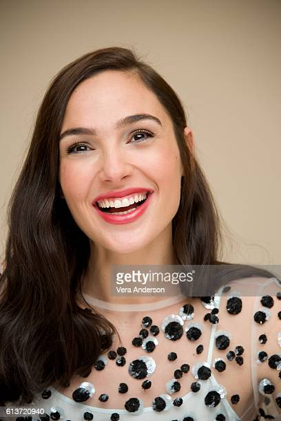 """Gal Gadot at the """"Keeping Up with the Joneses"""" Press Conference at the Fairmont Miramar Hotel on October 8, 2016 in Santa Monica, California."""