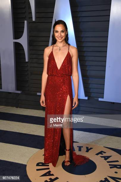 Gal Gadot attends the 2018 Vanity Fair Oscar Party hosted by Radhika Jones at the Wallis Annenberg Center for the Performing Arts on March 4 2018 in...