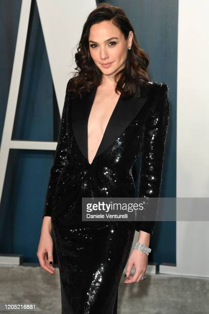 Gal Gadot attends the 2020 Vanity Fair Oscar party hosted by Radhika Jones at Wallis Annenberg Center for the Performing Arts on February 09, 2020 in...