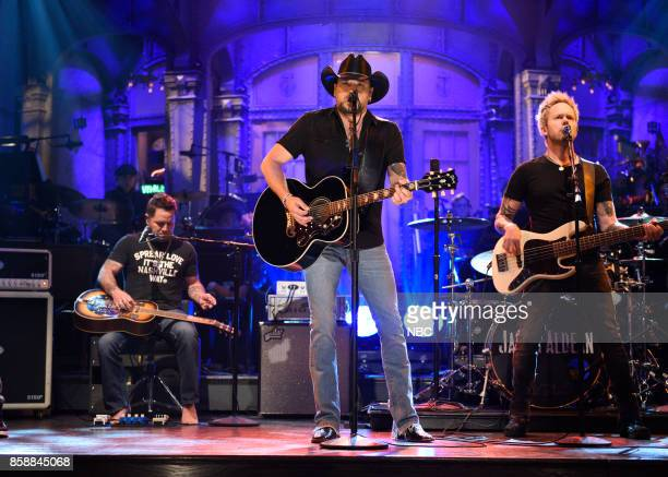 LIVE 'Gal Gadot' Episode 1727 Pictured Jason Aldean performs 'I Won't Back Down' in Studio 8H on October 7 2017