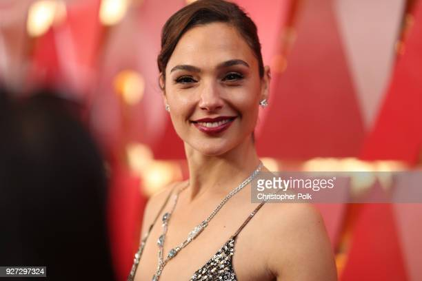 Gal Gdot attends the 90th Annual Academy Awards at Hollywood Highland Center on March 4 2018 in Hollywood California
