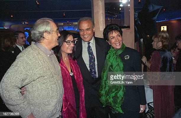 Gala At The Benefit Of Unicef At The Kennedy Center In Washington. Washington - 3 décembre 1993 - Lors d'un gala au profit de l'UNICEF au KENNEDY...