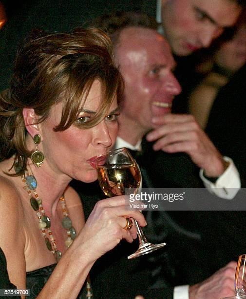 Gala Ball des Sports 2004 Frankfurt Martina RUMMENIGGE mit KarlHeinz RUMMENIGGE 070204