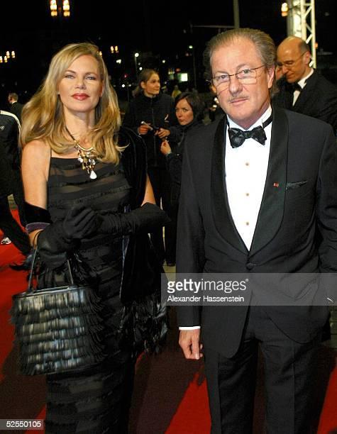 Gala Ball des Sports 2004 Frankfurt Nina RUGE mit ihrem Mann Dr Wolfgang REITZLE 070204