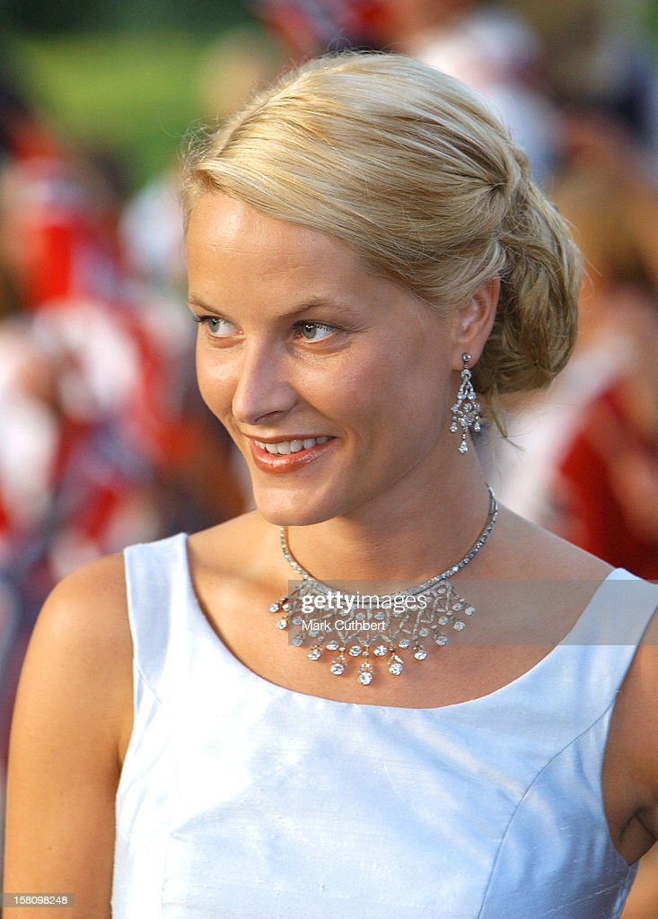 Gala Dinner At Akershus Castle On The Evening Before The Wedding Of Crown Prince Haakon & Mette-Marit. .