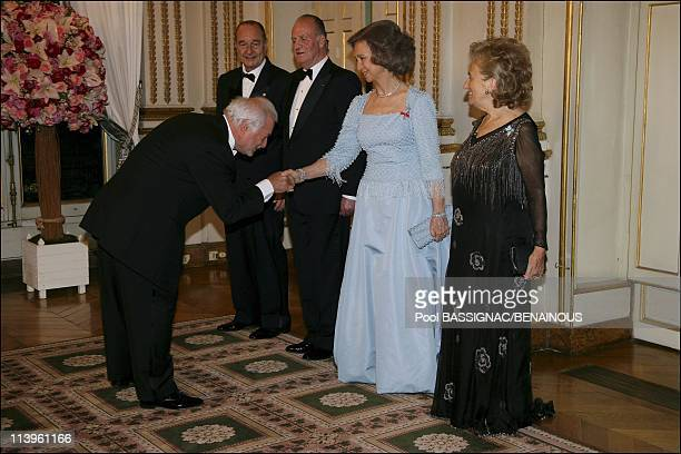 Gala dinner at the Elysee Palace as part of the Spanish Royals 3Day State Visit In Paris France On March 27 2006Queen Sophia of Spain First Lady...