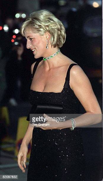 Gala Evening To Celebrate The Tate Gallery's Centenary In London Diana Princess Of Wales Arriving At The Tate Gallery On Her 36th Birthday She Is...