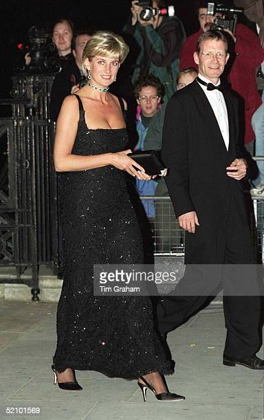 Gala Evening To Celebrate The Tate Gallery's Centenary In London Diana Princess Of Wales Arriving On Her 36th Birthday On 1st July 1997 Wearing A...