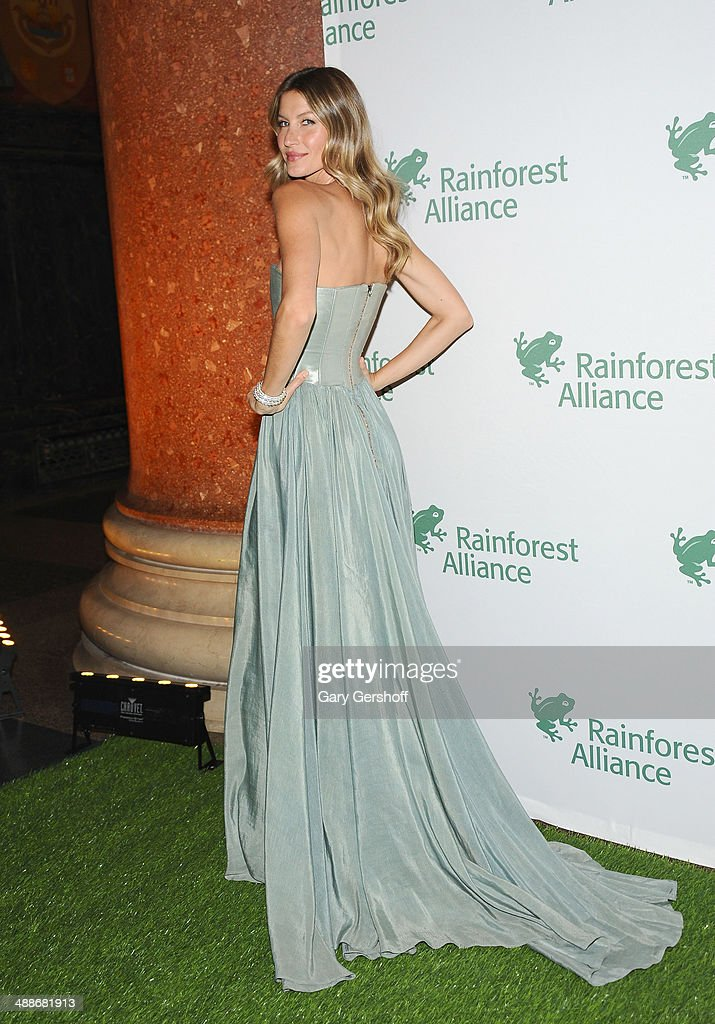 Gala Honorary Chair Gisele Bundchen attends the 2014 Rainforest Alliance Gala at American Museum of Natural History on May 7, 2014 in New York City.