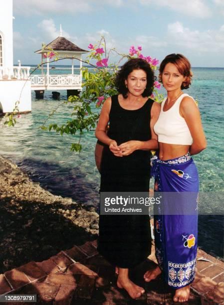 Galapagos / Jamaica / Zahlreiche Passagiere haben sich wieder an Bord eingefunden, voller Vorfreude auf zwei ganz unterschiedliche Reiseziele: Die...