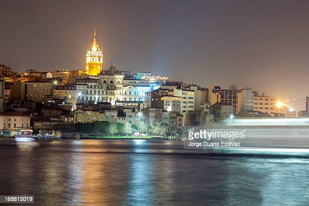 galata tower in istanbul at night - jorge duarte estevao stock pictures, royalty-free photos & images