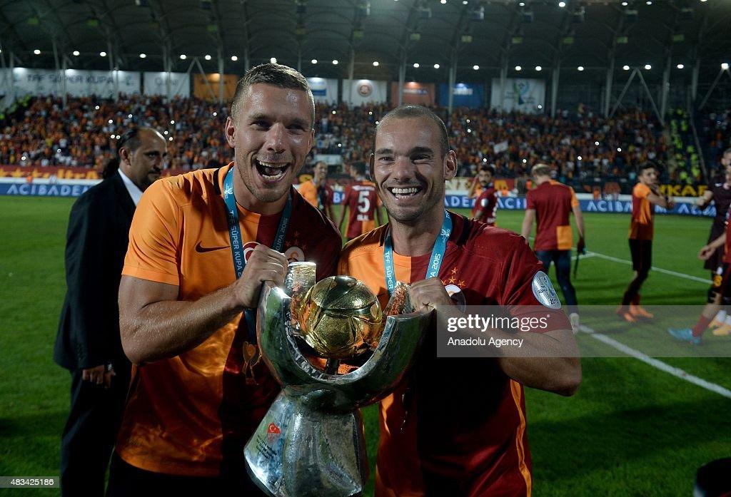 Galatasaray vs Bursaspor - Turkish Super Cup : News Photo