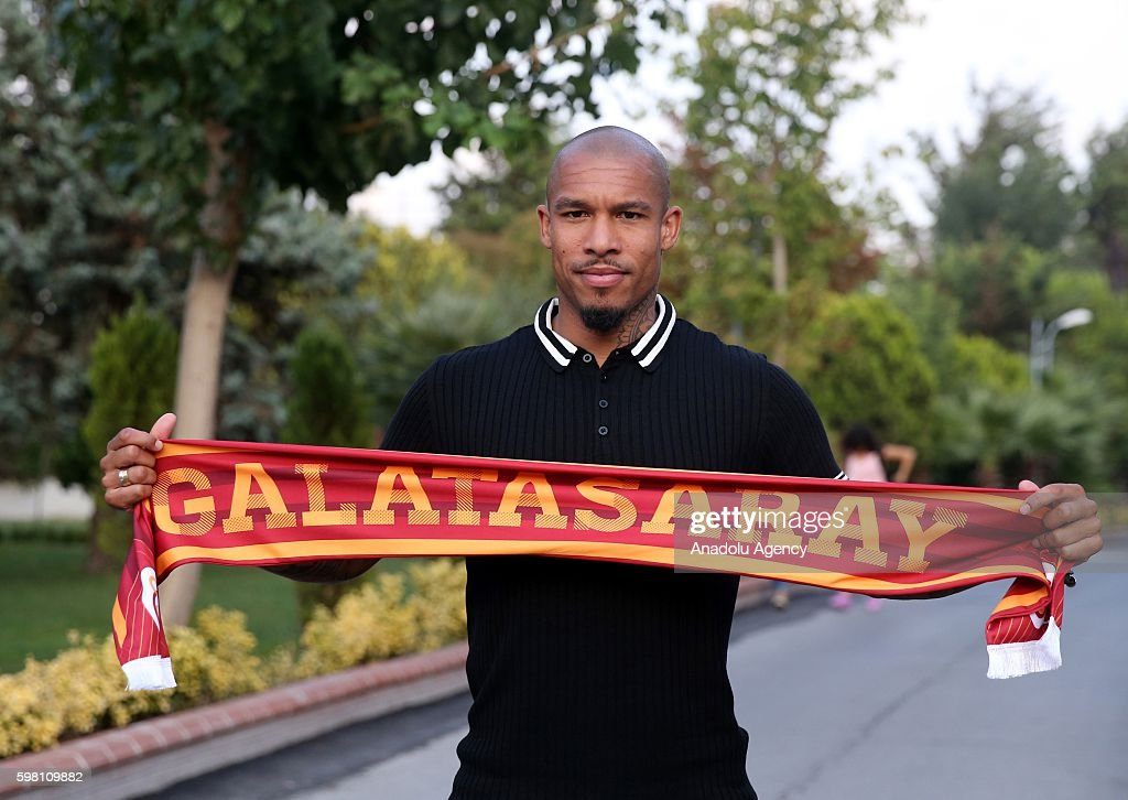 Nigel de Jong signs contract with Galatasaray : News Photo