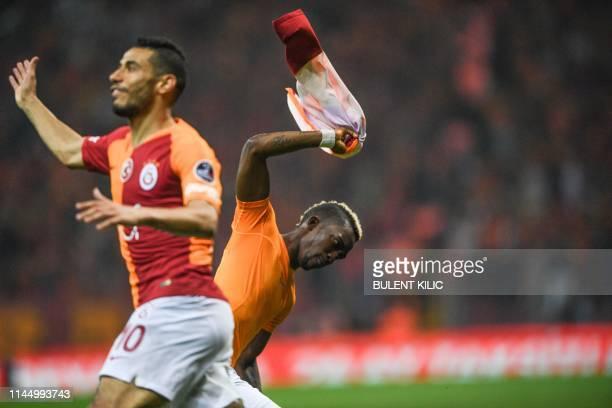 Galatasaray's Nigerian forward Henry Onyekuru celebrates after scoring a goal against Medipol Basaksehir during the Turkish Super Lig match between...