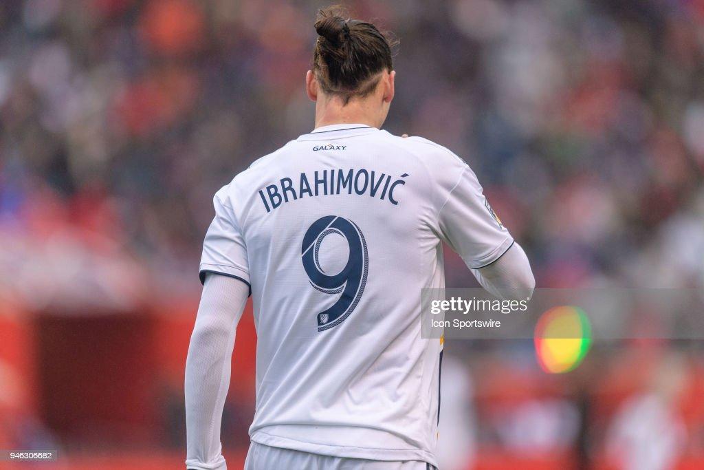 SOCCER: APR 14 MLS - LA Galaxy at Chicago Fire : News Photo