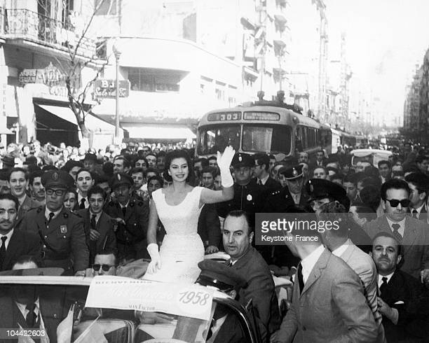 Galdys ZenderMiss Universe 1958 Waving To The Crowd In Buenos Aires In 1957