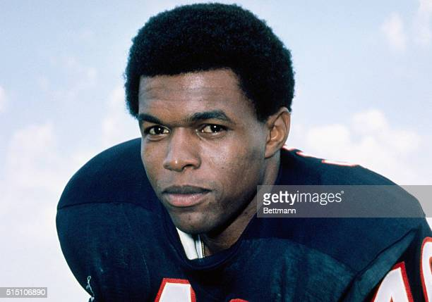 Gale Sayers in Chicago Bears uniform