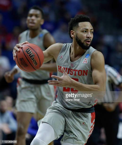 Galen Robinson Jr #25 of the Houston Cougars dribbles in the first round of the 2019 NCAA Men's Basketball Tournament held at BOK Center on March 22...