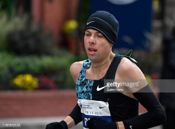 Galen Rupp races during the 2019 Bank of America Chicago Marathon on October 13, 2019 in Chicago, Illinois.