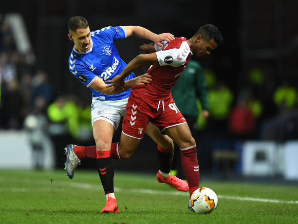 LIGUE EUROPA 2018  - 2019 -2020 - Page 16 Galeno-of-braga-is-tackled-by-nikola-katic-of-rangers-fc-during-the-picture-id1202112229?k=6&m=1202112229&s=612x612&w=0&h=n4ResA_I0P7QxoTssJ_K_ay3THgSdvt7mKmhlcqyWTA=