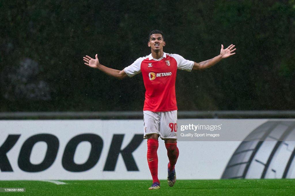 SC Braga v Zorya Luhansk: Group G - UEFA Europa League : News Photo