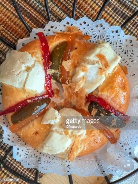 Galette des Rois or Rosca de Reyes