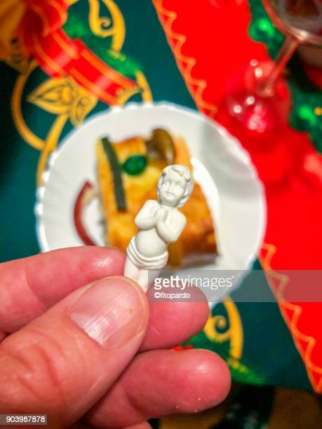galette des rois or rosca de reyes - roscon de reyes stock pictures, royalty-free photos & images