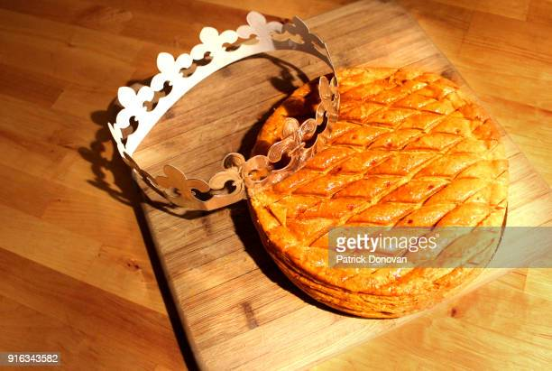 galette des rois (kings' cake) - epiphany stock photos and pictures