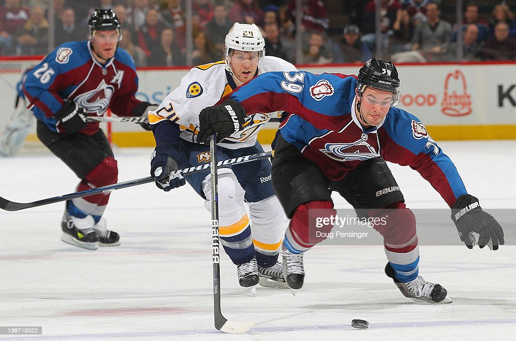 Nashville Predators v Colorado Avalanche : News Photo
