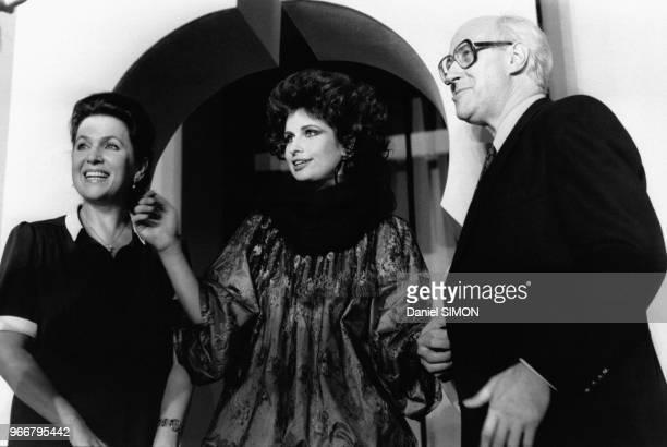 Galina Vichnevskaïa Olga Rostropovitch et Mstislav Rostropovitch lors du défilé Lanvin collection haute couture automne/hiver le 27 juillet 1982 à...