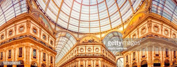 galleria vittorio emanuele ii in mailand - milan stock pictures, royalty-free photos & images