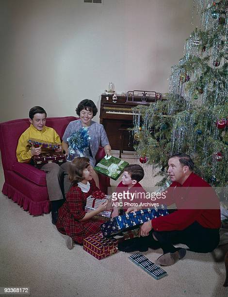 BEAVER Gallery 19571963 Jerry Mathers Family